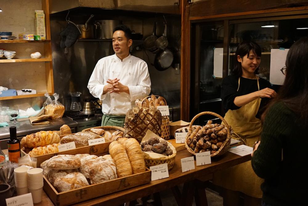 10月15日(月)に開催された「ワインとパンの会」で。