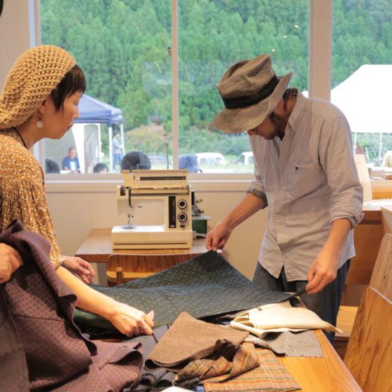<ご報告><br/>【地産地食の学校_16】<br/>あづま袋をつくろう〜神山で譲り受けた布地を使って〜