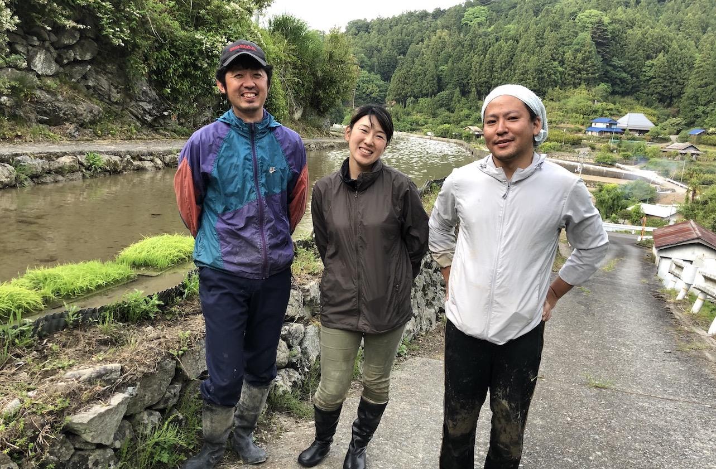 写真左から植田彰弘さん(あっきー)、千寿美さん(ちずみ)、兼村雅彦さん(まさ)